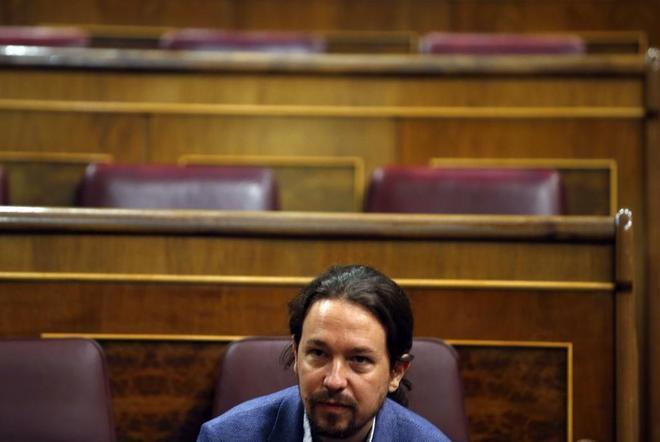 Pablo Iglesias, en el pleno extraordinario celebrado en el Congreso el...