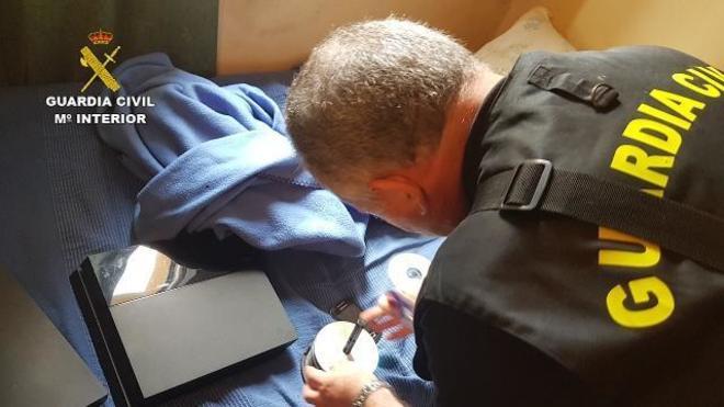 La Guardia Civil ha detenido a 27 personas en casi una veintena de...